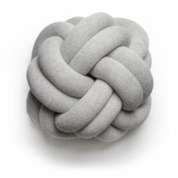 Knot pude