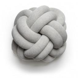 Knot pillow