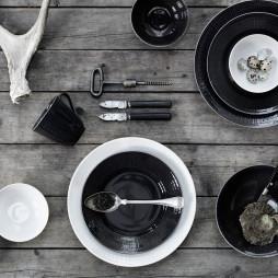 Swedish Grace Oven Dish Snow