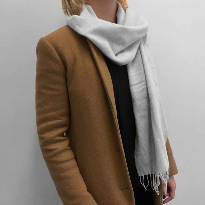 Scarf One Colored Gray